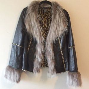 Leather/Faux Fur Coat w/Leopard Print Lining Med